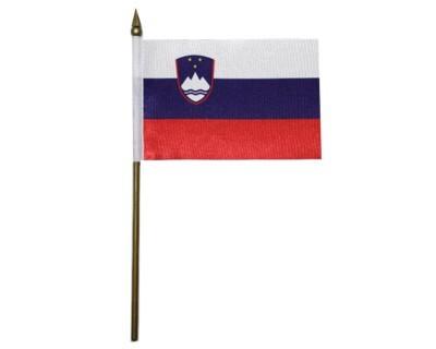 Slowenien Nationalfahne mit Wappen Nr. 2132