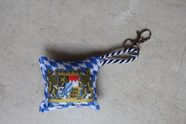 Mini Kissen Raute mit Wappen mit Karabin. und Kordl Nr. 1759